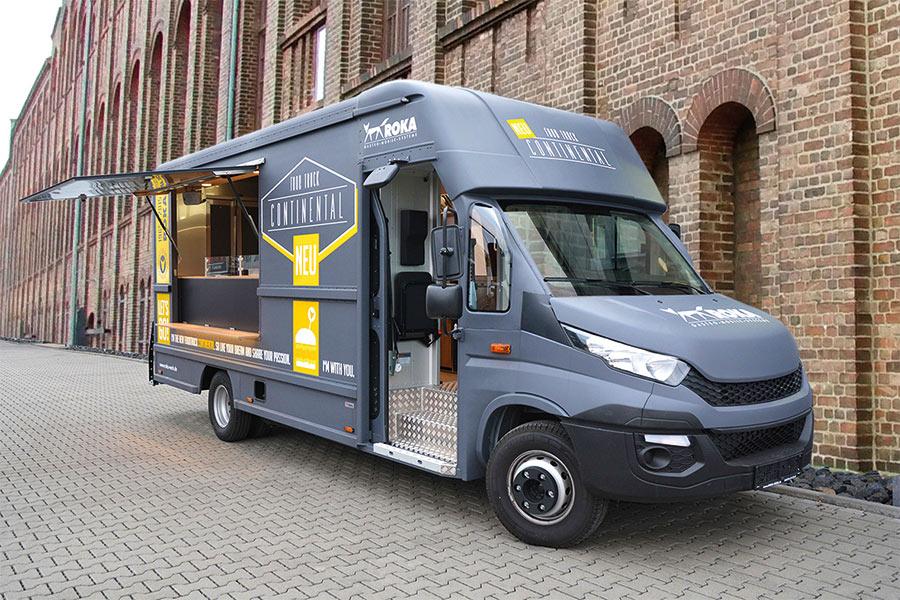 Großer Food Truck für Festivals und Catering.