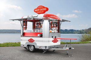 Kleiner Imbisswagen für Hot Dogs.
