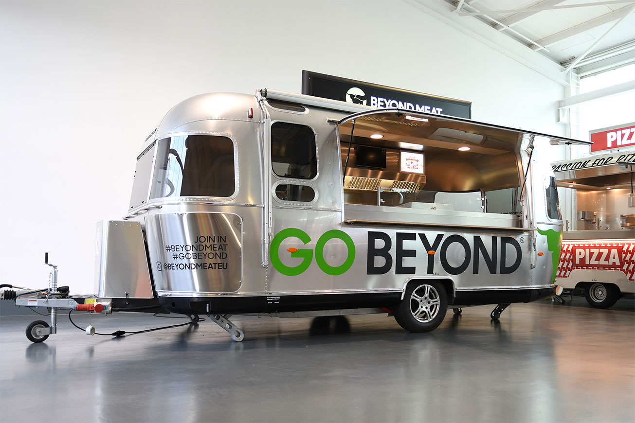 Airstream Caravan als Verkaufsfahrzeug und Promotionfahrzeug für beyond meat.