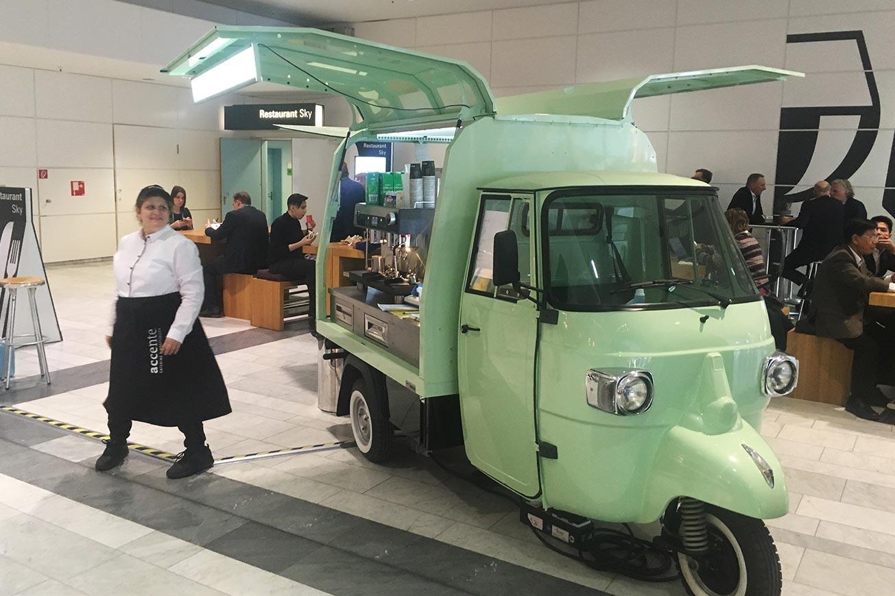 ROKA Kaffeemobil auf Basis einer APE.