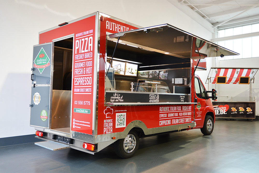 Food Truck als Pizza Verkaufsfahrzeug