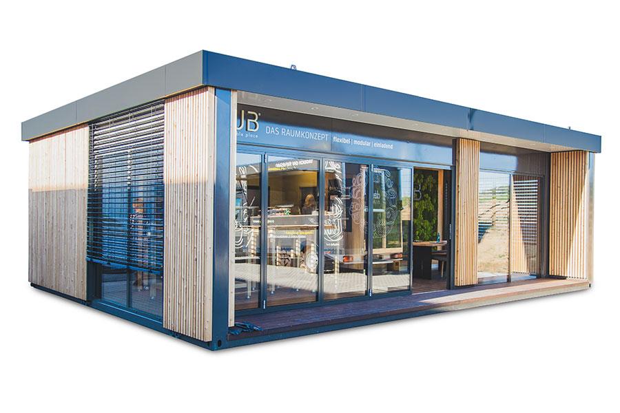 QUB® Container-Restaurant mit Holzverkleidung