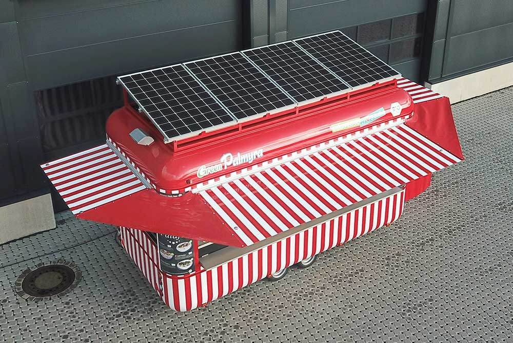 Verkaufsanhänger, Food Trailer, ROKA Verkaufsfahrzeuge, Solaranlage