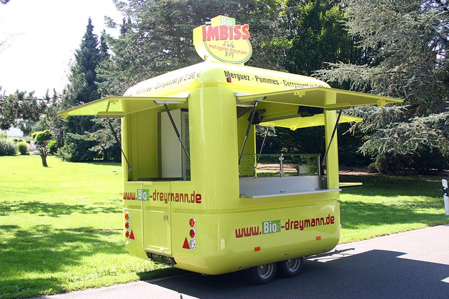 Kleiner Imbisswagen mit besonderem Design.