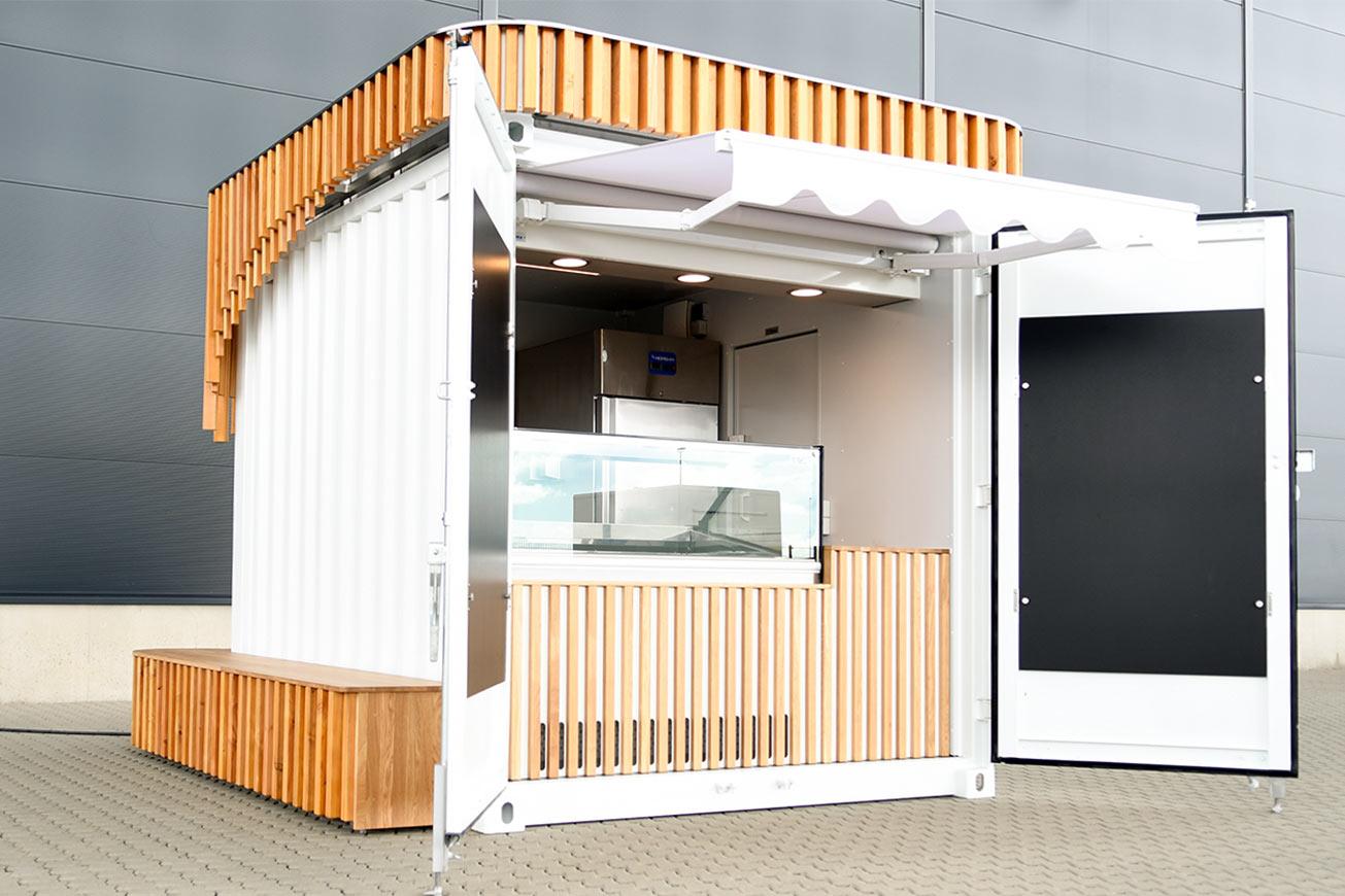 Verkaufscontainer für Eis auf Basis eines Seecontainers.