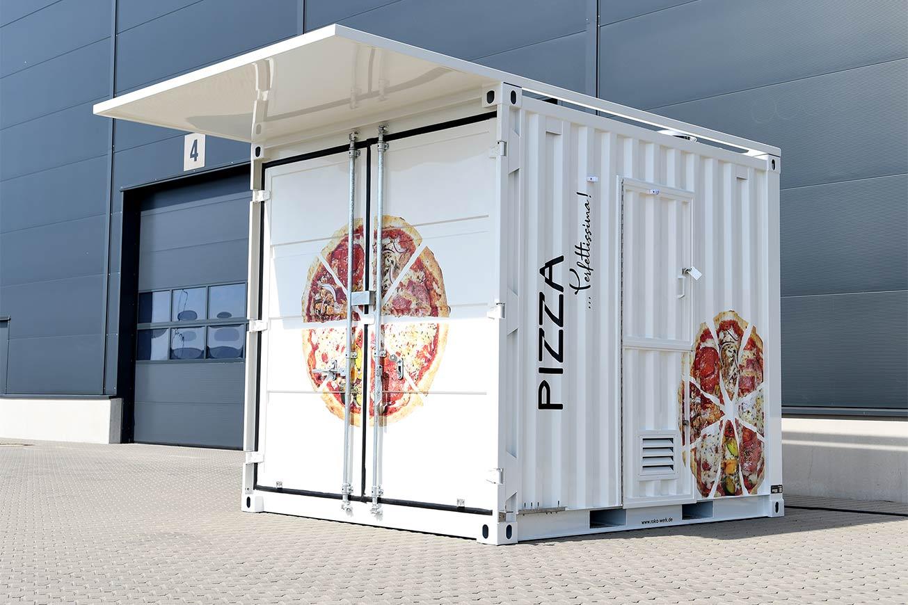 Kleiner Seecontainer für Pizzaverkauf.