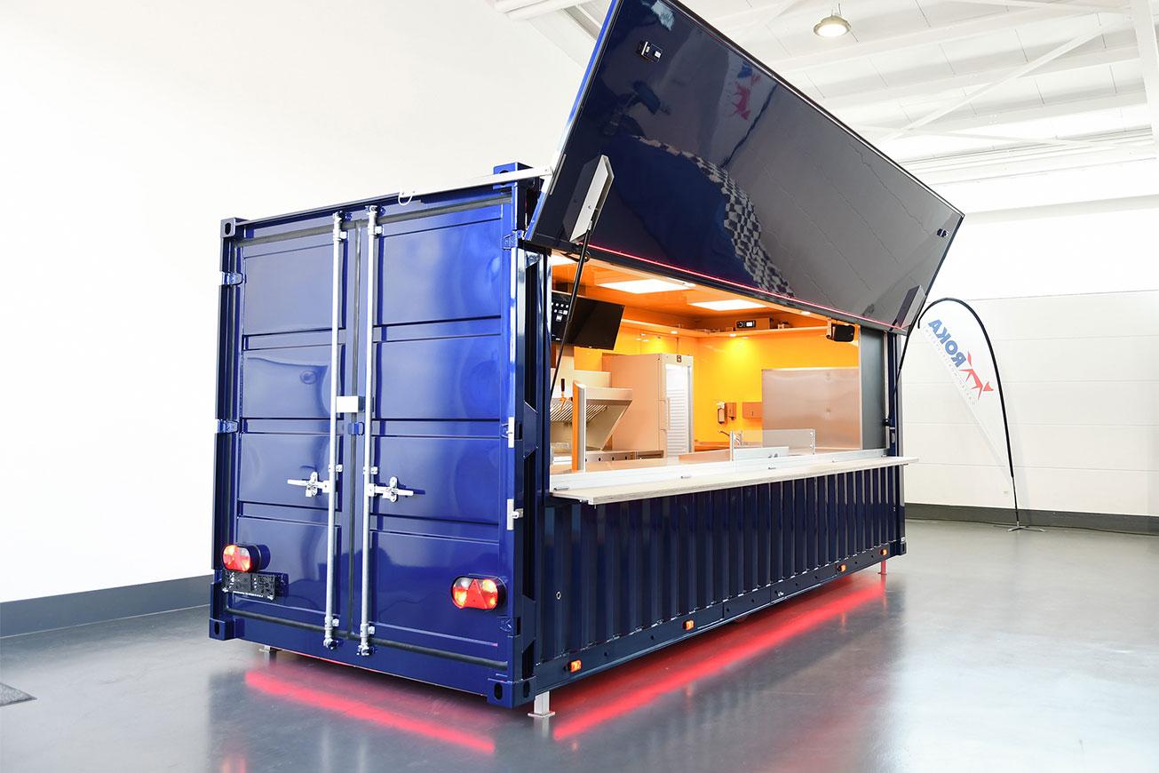Verkaufswagen im Container-Look.