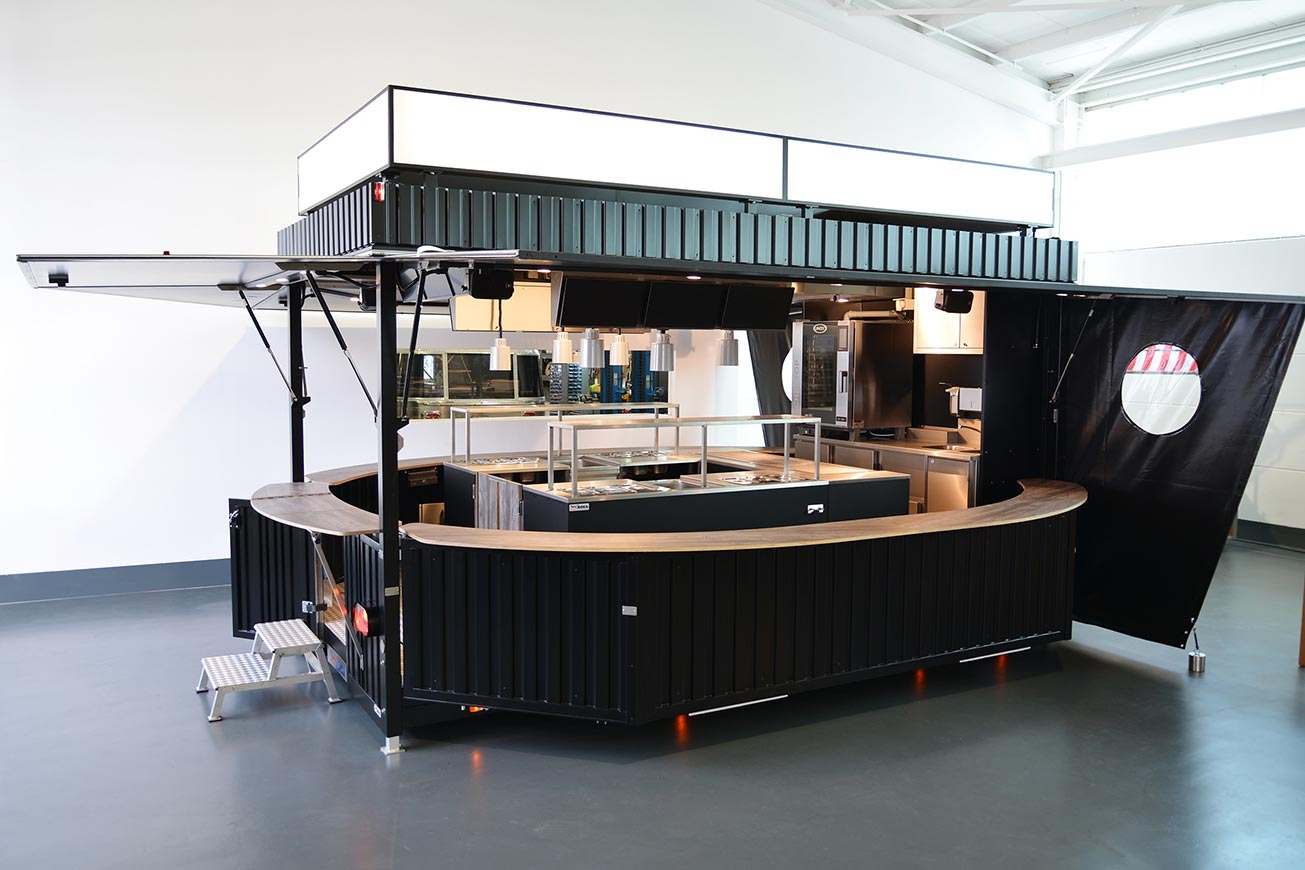 Großer offener Verkaufswagen für Pulled Pork Burger.